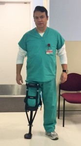 Dr. Andres M Perez using the iWalkFREE hands free crutch