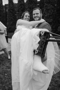 broken-foot-bride-iwalk